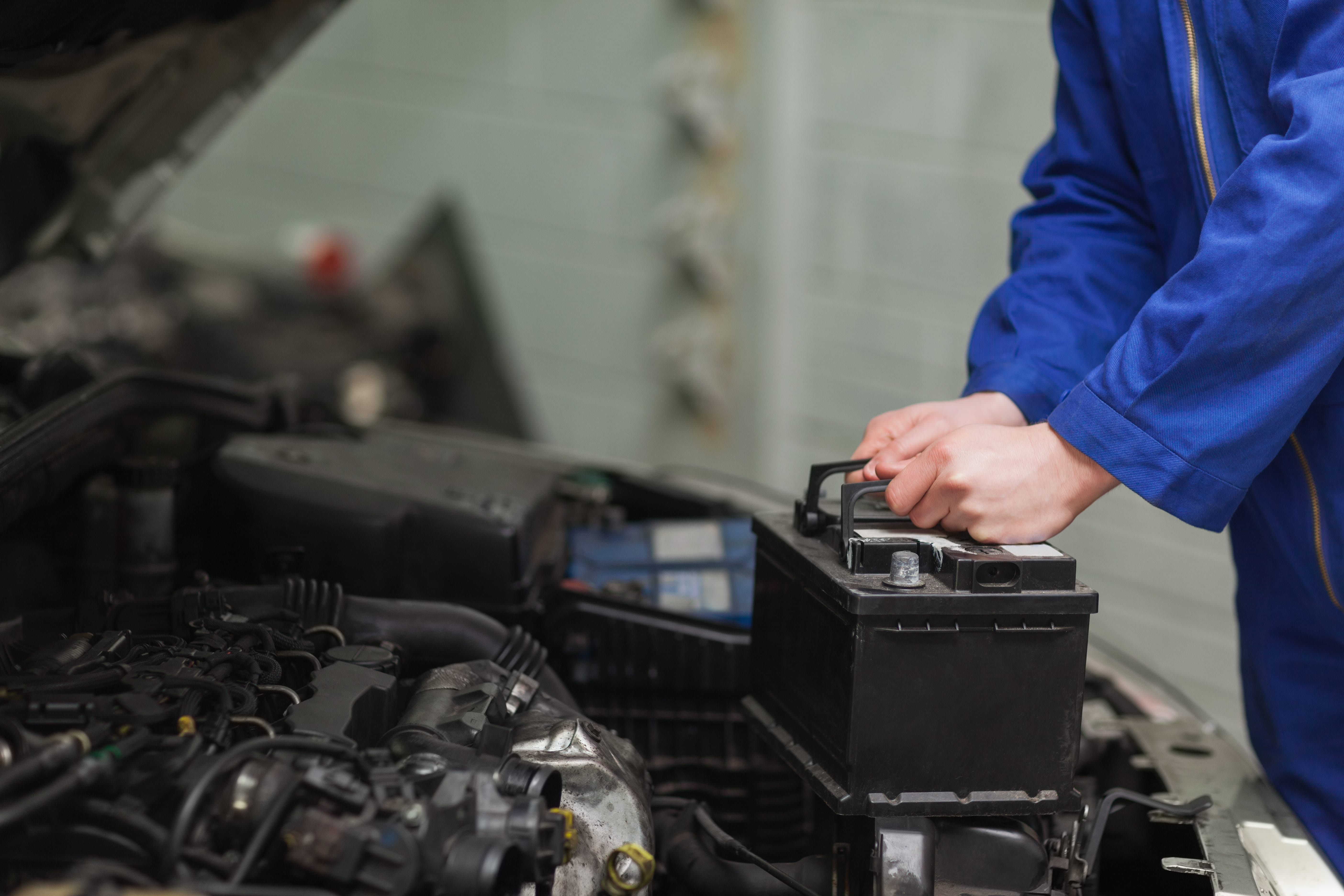 How To Charge A Car Battery Help Advice Centre Rac Shop Tachometer Wiring Diagram Batteries Are Reliable And Affordable Providing Drivers Will Range Of That Suit Your Vehicles Performances Needs As Well